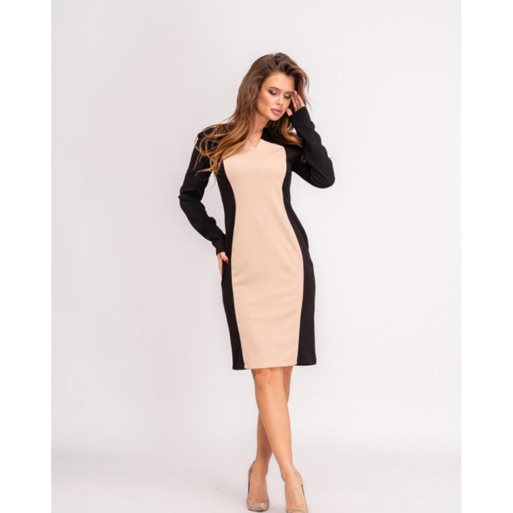 Изумительное платье-футляр с контрастной вставкой фото 1