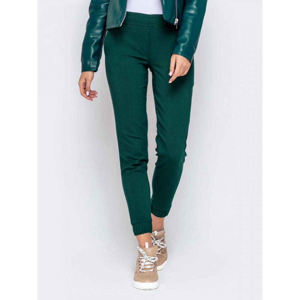 Базовые зеленые брюки средней посадки фото 1