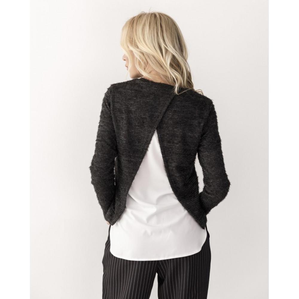 Комбинированый черный свитер из пряжи-травки Тая фото 3