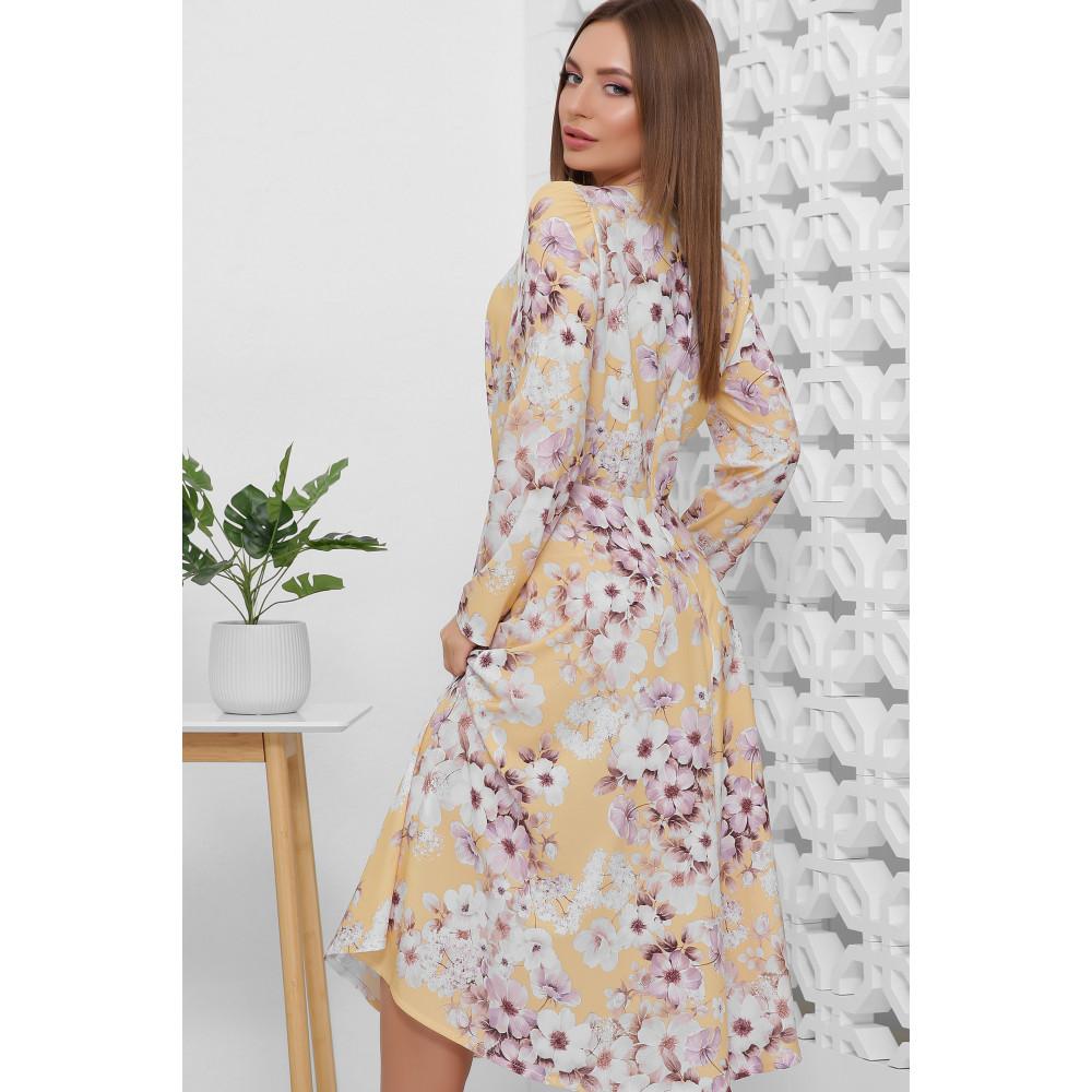 Нежно-желтое романтичное платье Цветана фото 4