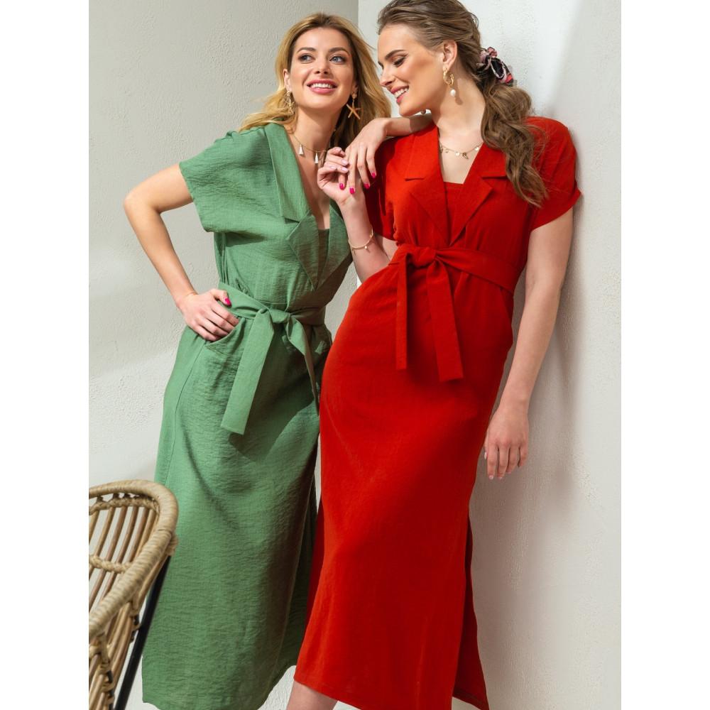 Интересное платье для деловых красоток фото 1