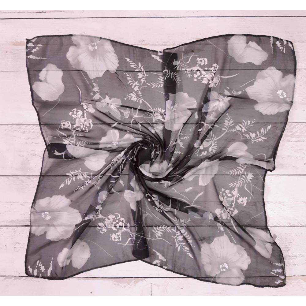 Легкий платок с цветами фото 1