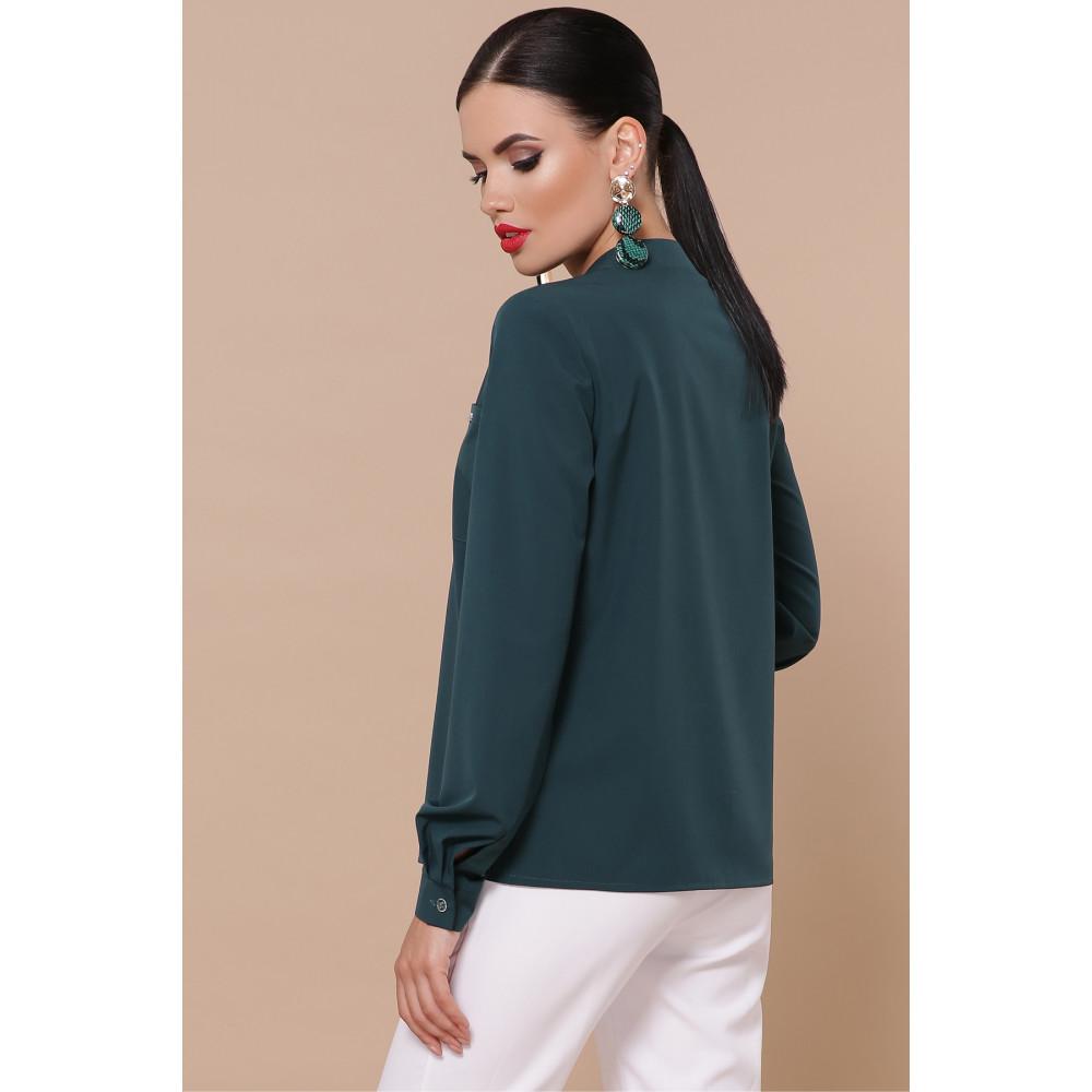 Зеленая блузка с V-вырезом Жанна фото 3