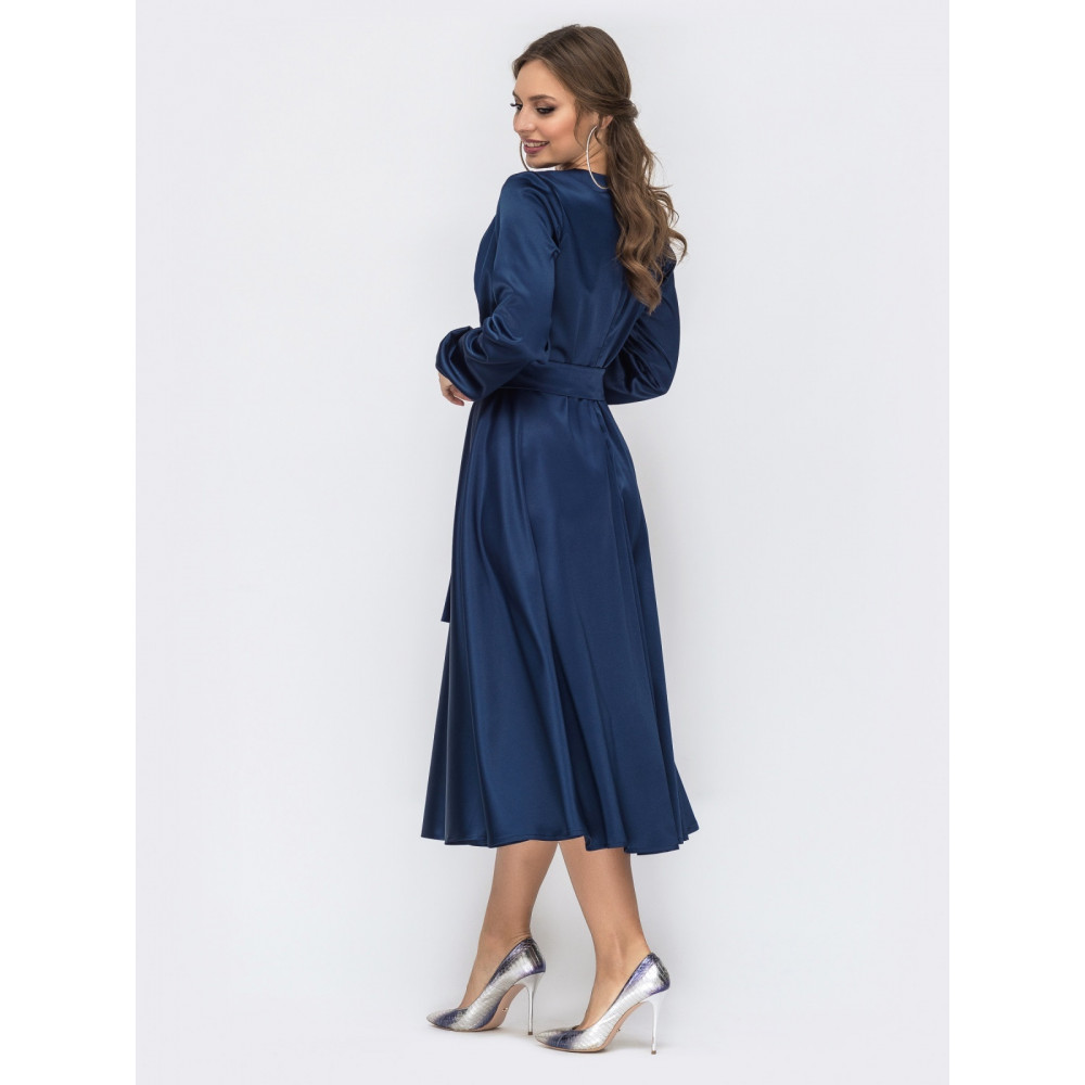 Атласное платье-клеш королевского цвета фото 2