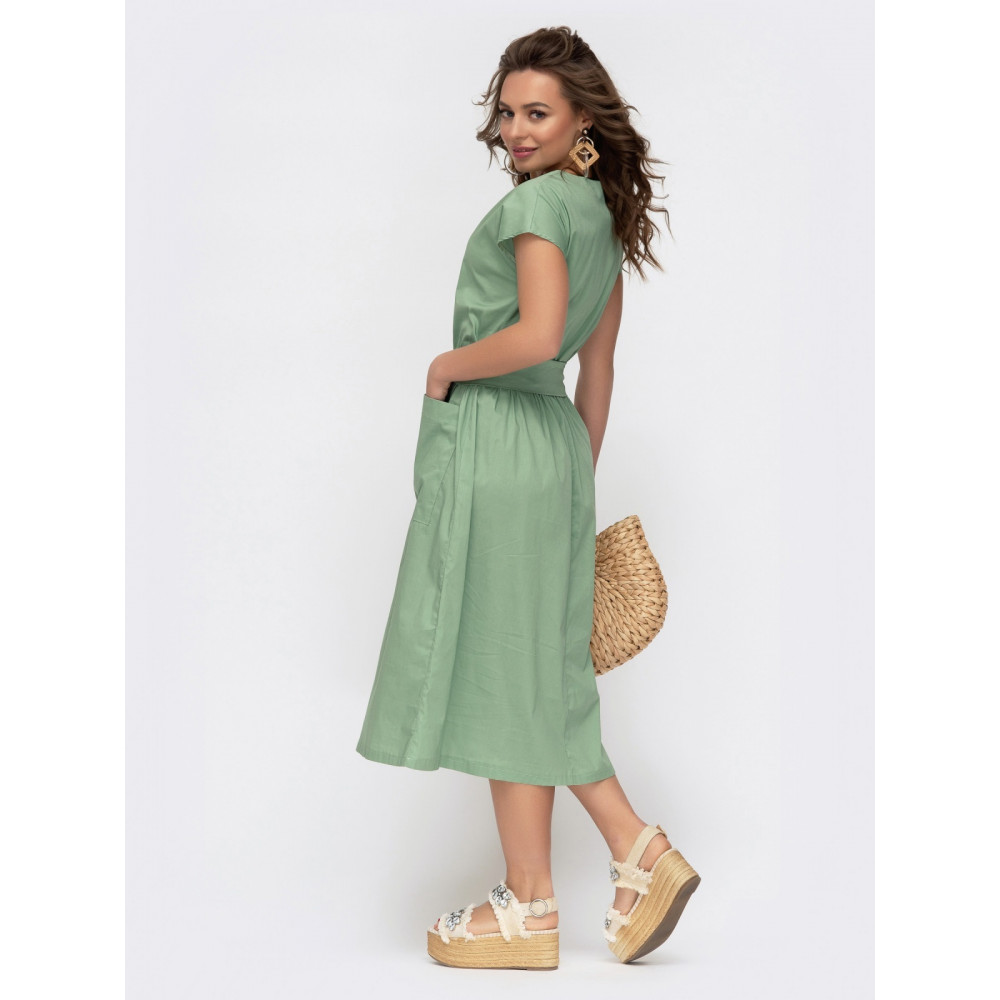 Зеленое романтичное платье с цельнокроеным рукавом фото 2