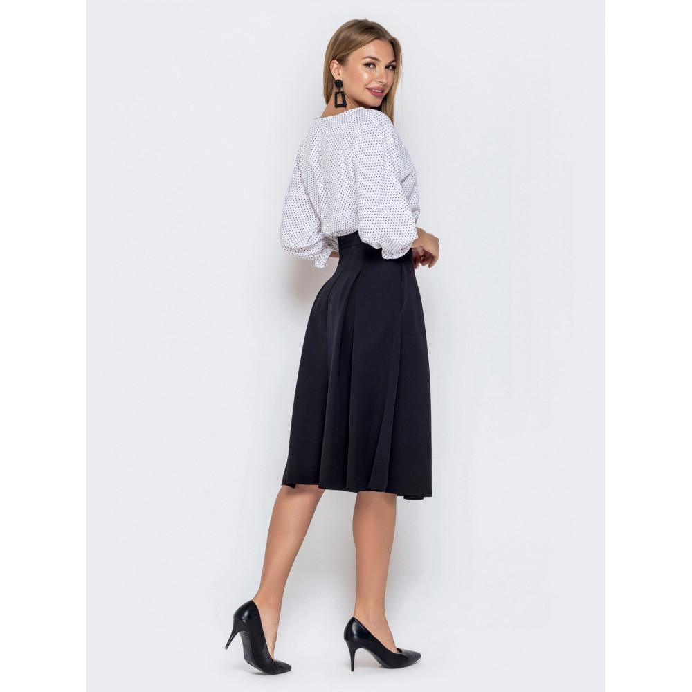 Комбинированное черно-белое платье с расклешенной юбкой фото 3