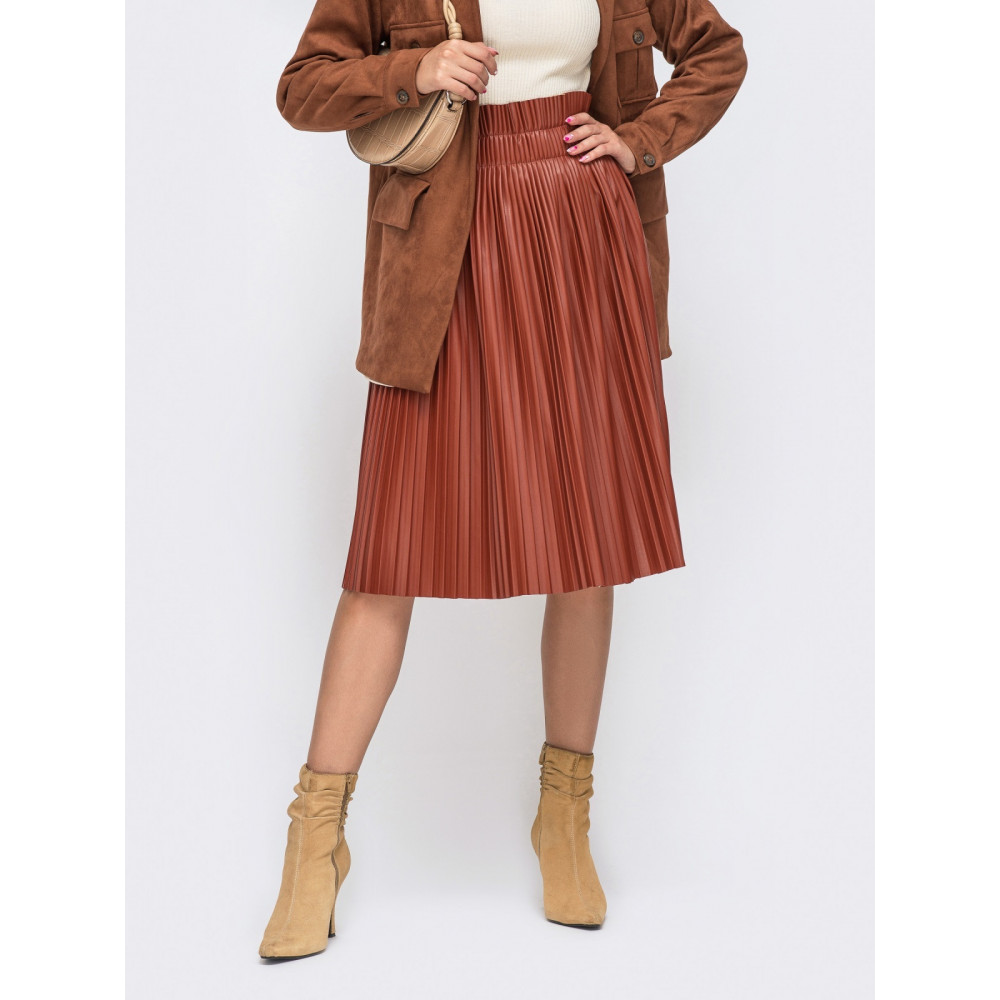 Кожаная плиссированная юбка-миди фото 1