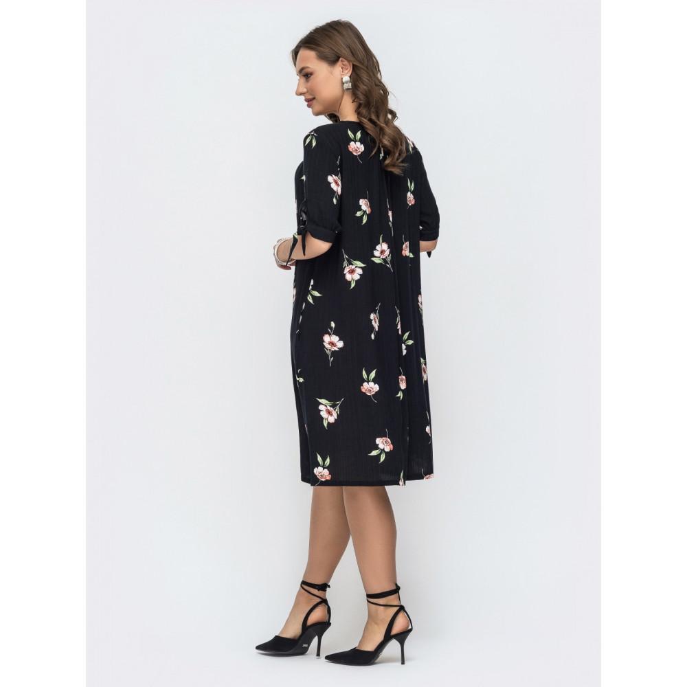 Женственное черное платье А-силуэта в цветы фото 3