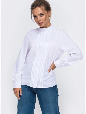Білосніжна блузка з декором