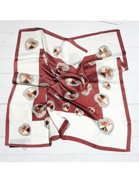 Нежный платок в сердечки