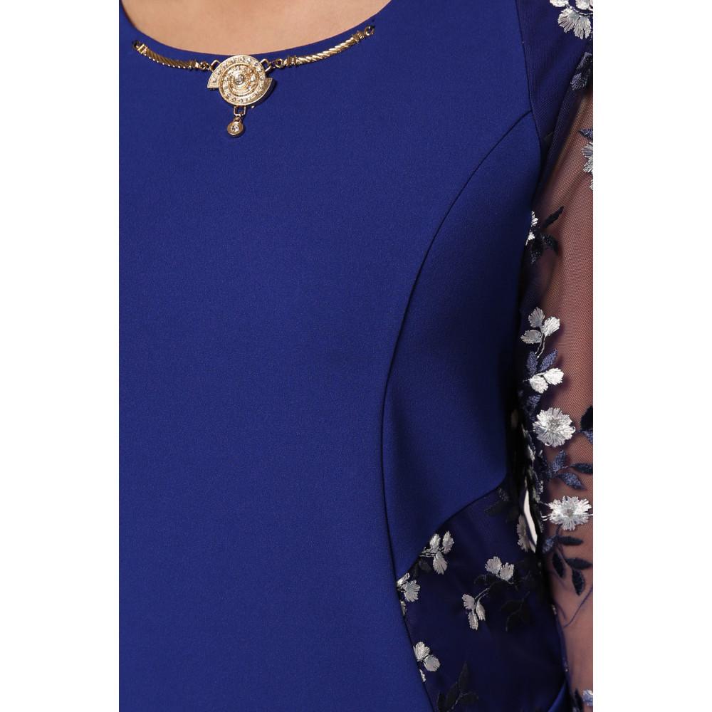 Женственное платье с вышивкой Адель фото 7