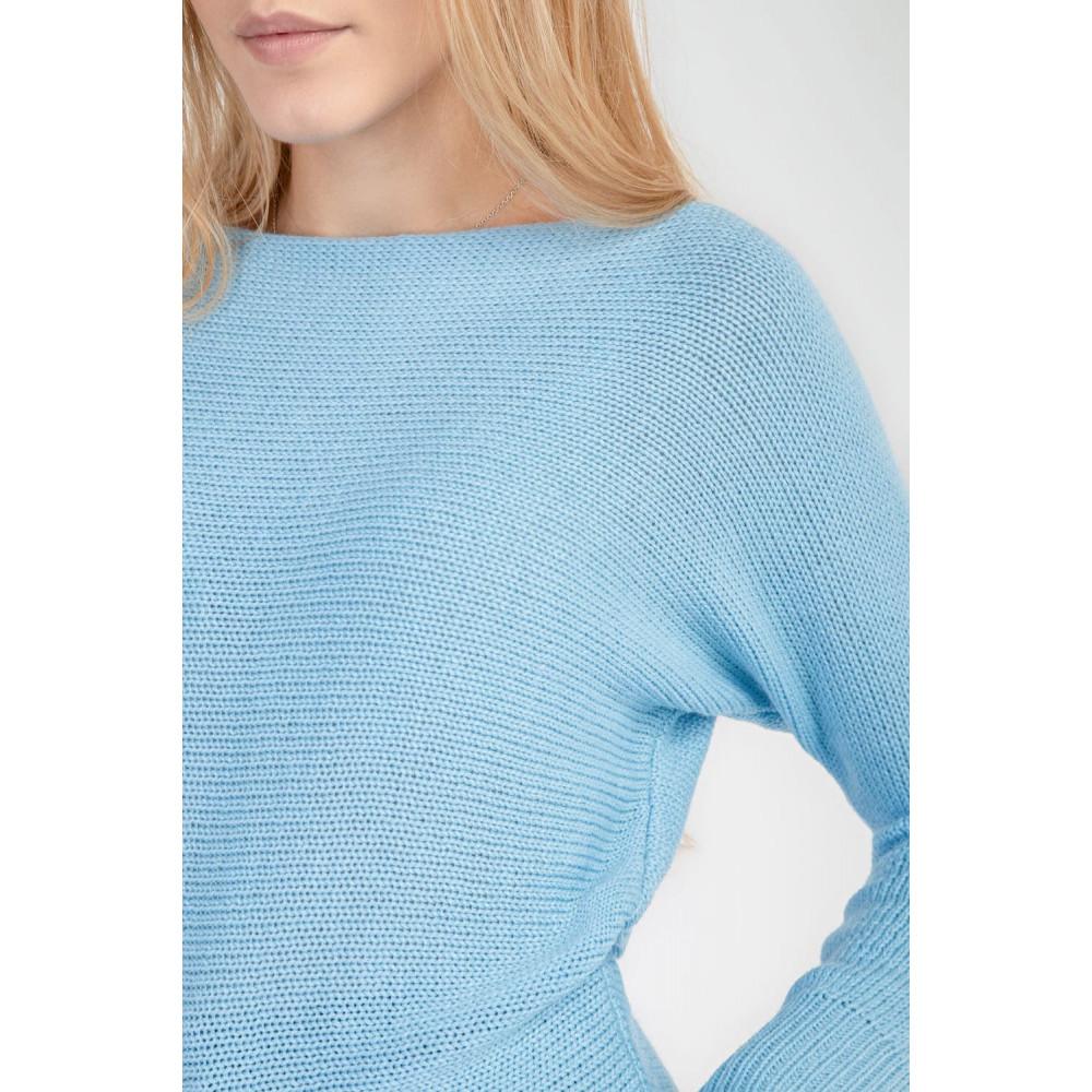 Красивый вязаный джемпер голубого цвета фото 2
