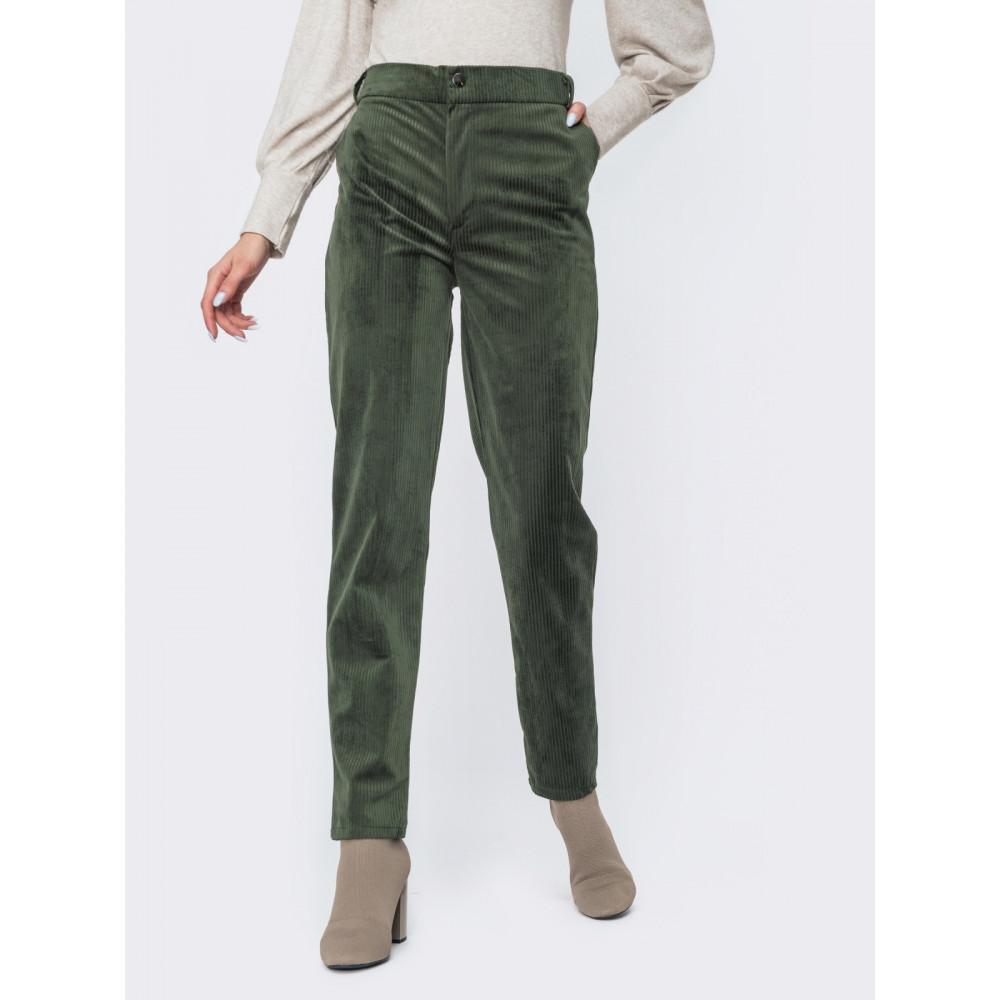 Зеленые брюки из вельвета фото 1