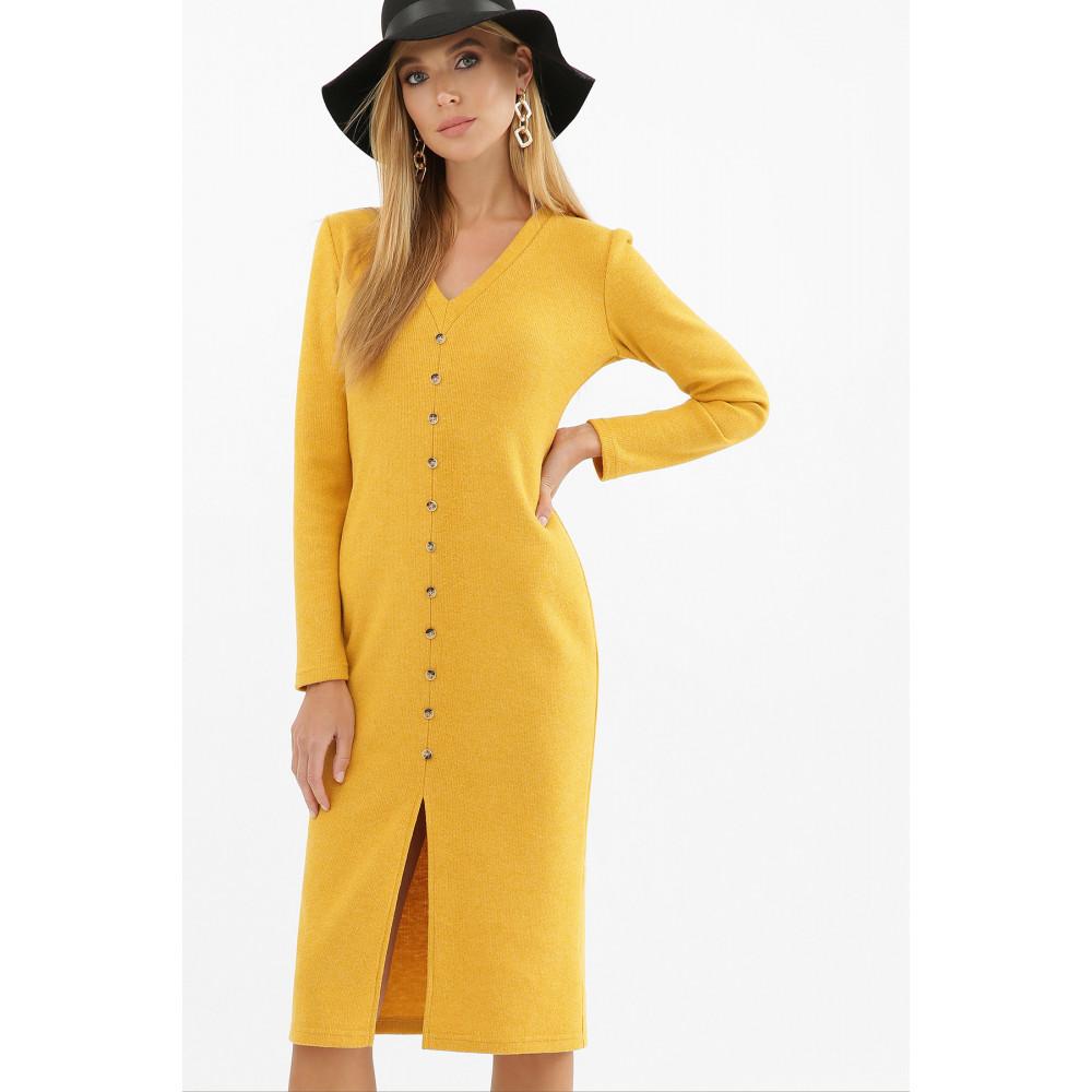 Горчичное платье с разрезом спереди Альвия фото 4