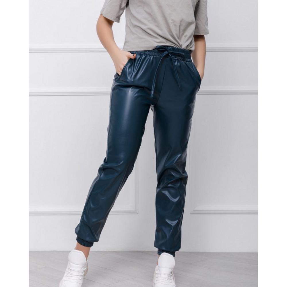 Зеленые брюки-джоггеры из эко-кожи фото 1