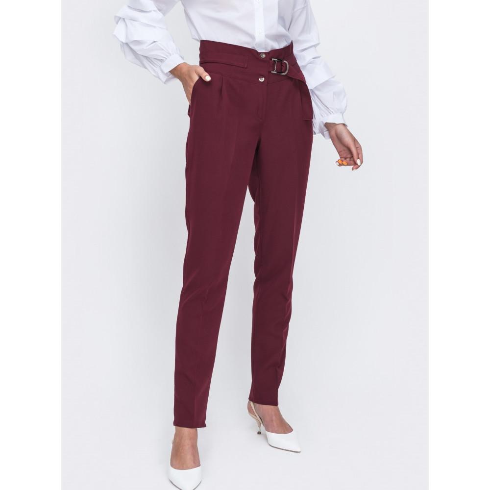 Бордовые классические брюки фото 1