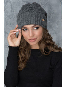 Зимняя удобная шапка Жанет