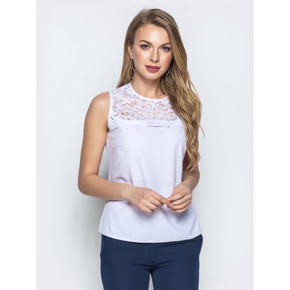 Белоснежная блузка с кружевом фото 1