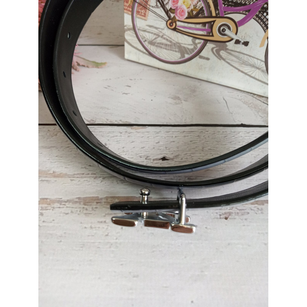 Коричневый лаковый ремень с брендовой пряжкой LV фото 3