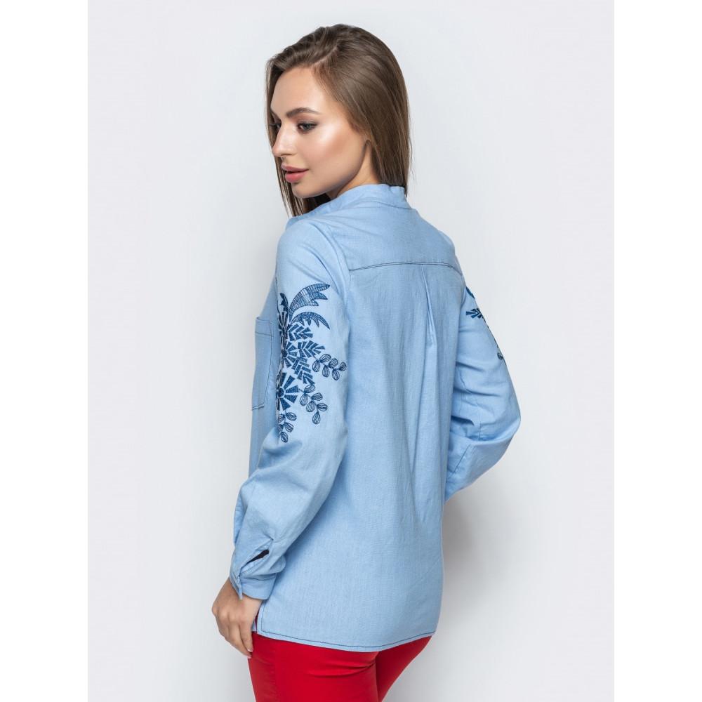 Голубая льняная рубашка с авторской вышивкой фото 3