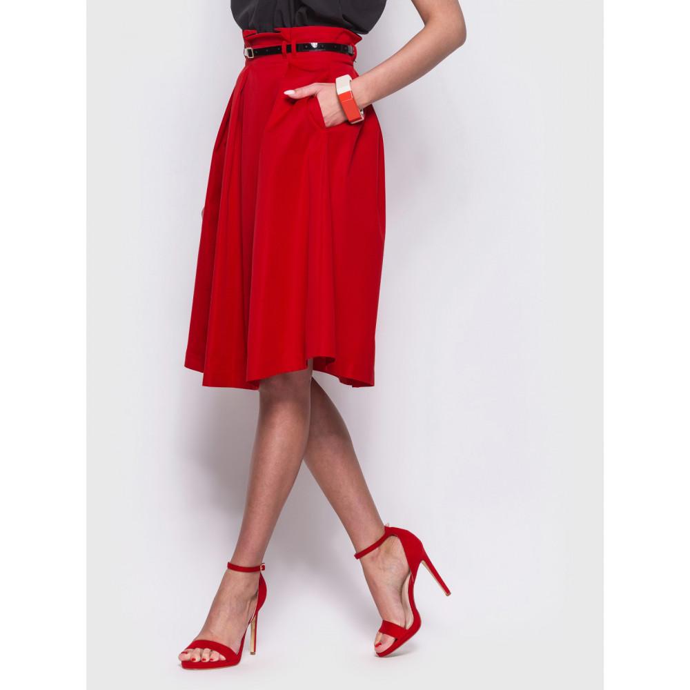 Женственная красная юбка миди фото 2