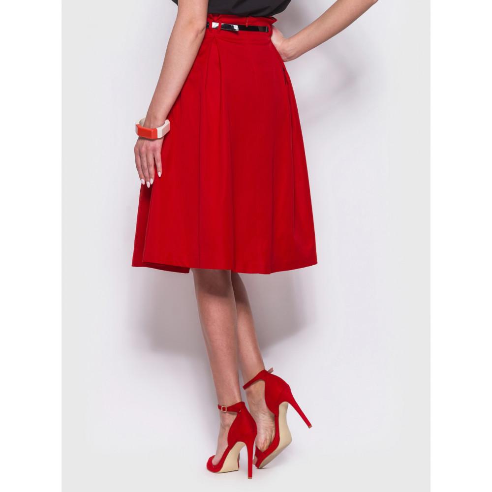 Женственная красная юбка миди фото 3