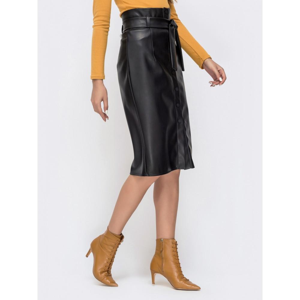 Интересная юбка-карандаш на кнопках из эко-кожи фото 2