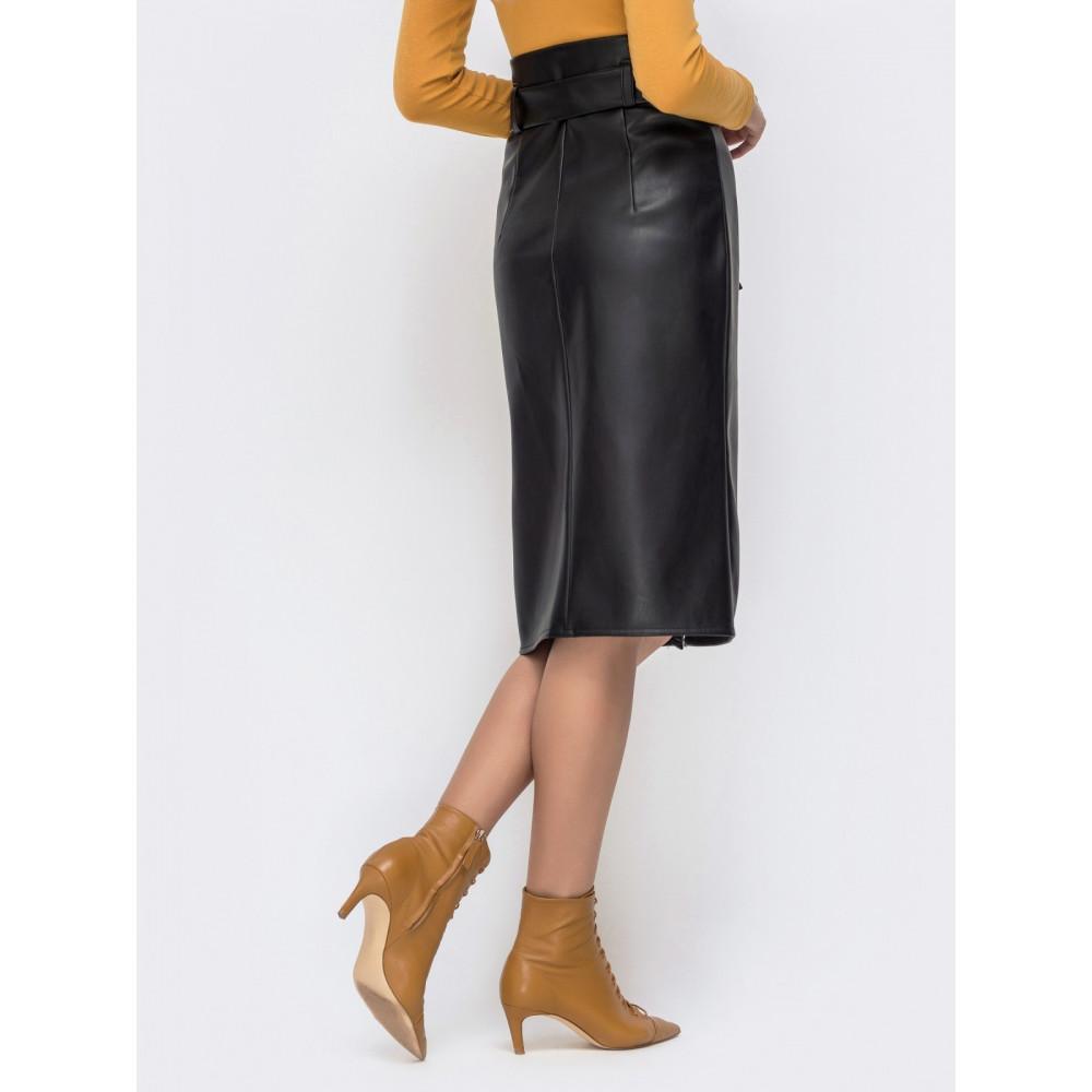 Интересная юбка-карандаш на кнопках из эко-кожи фото 3