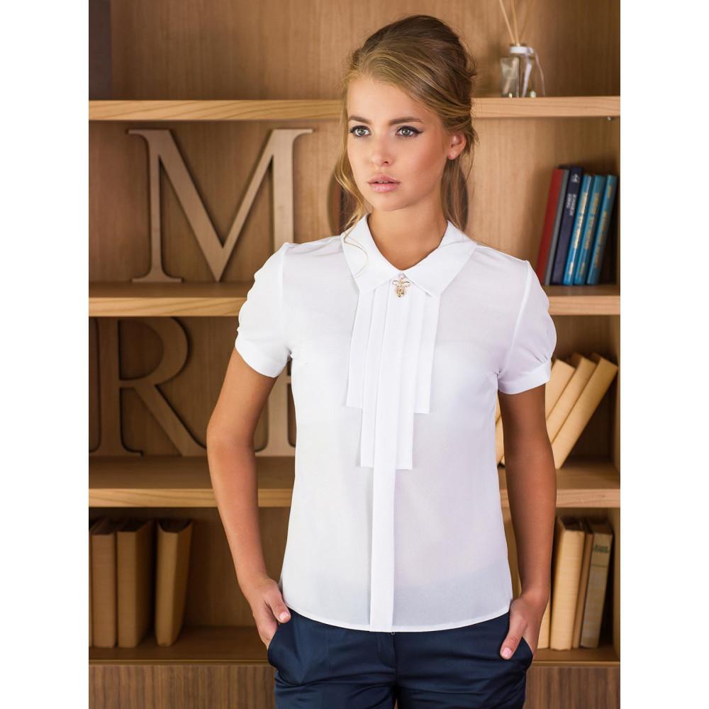 Классическая белая блузка с жабо и брошью фото 1