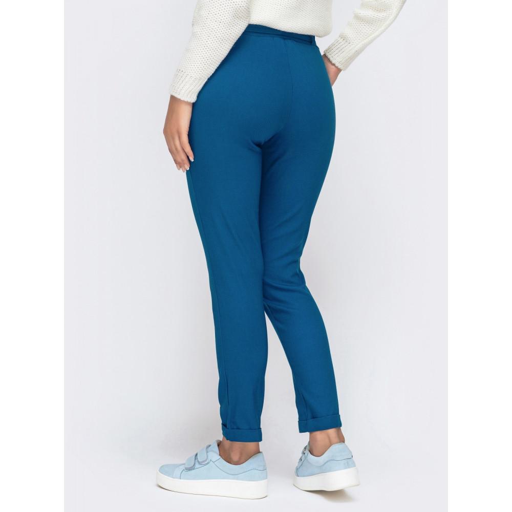 Красивые брюки-дудочки синего цвета фото 3