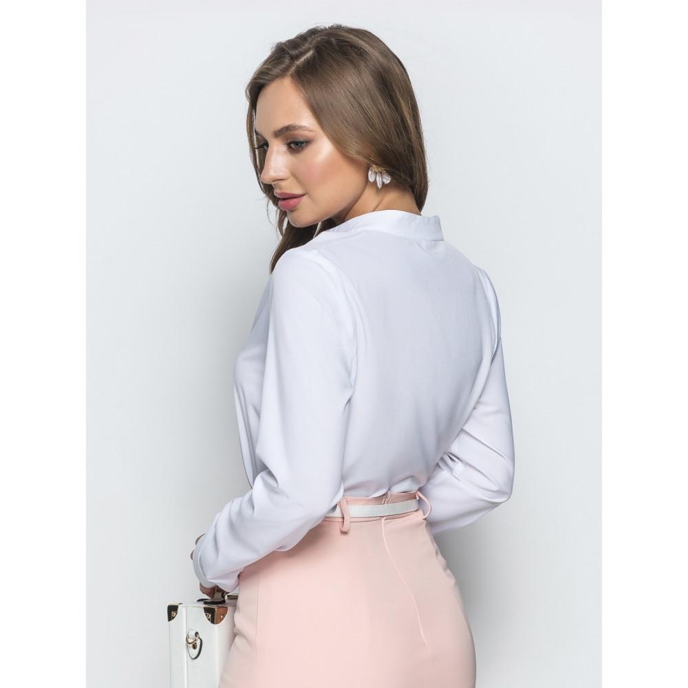 Белая блузка с воротником стойка фото 3