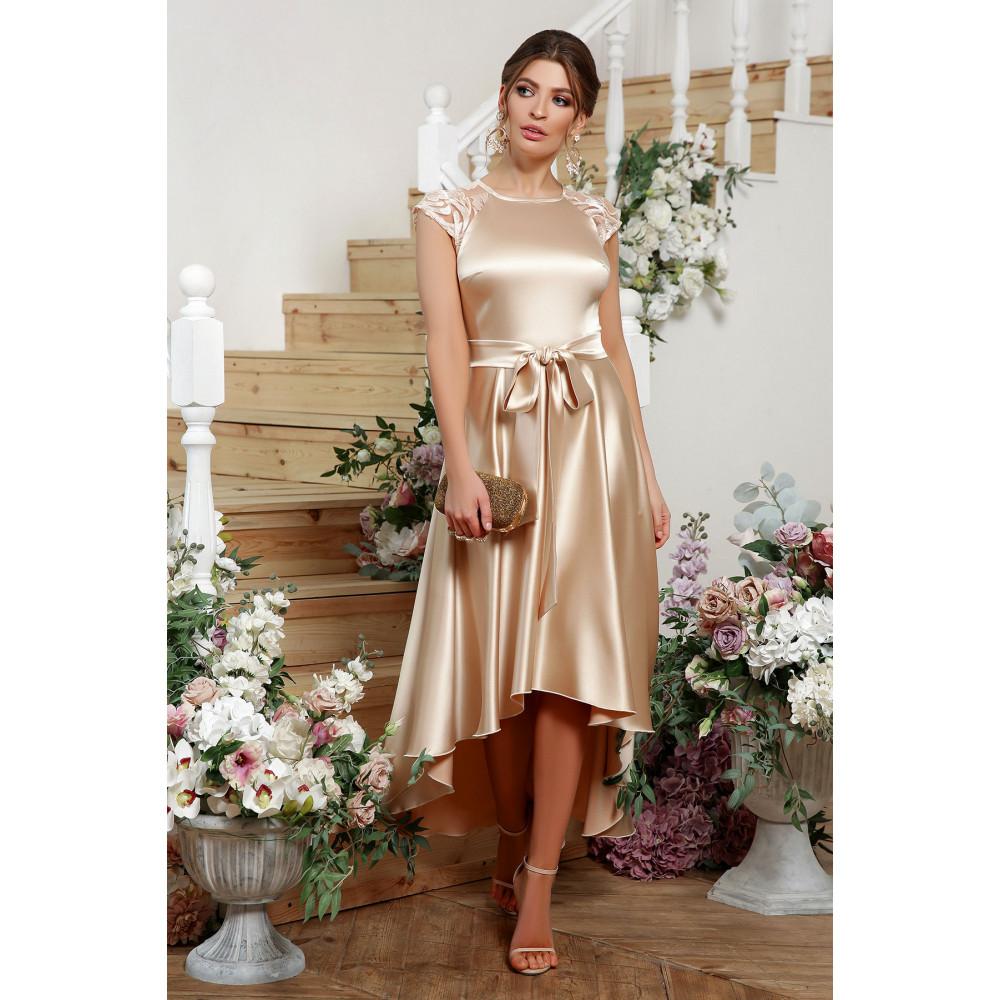 Нарядное атласное платье с удлиненной спинкой Нинель фото 1
