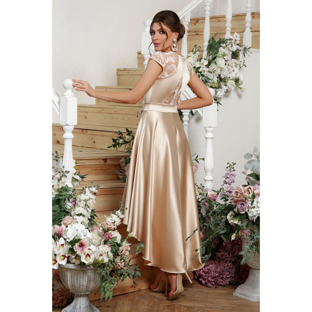Нарядное атласное платье с удлиненной спинкой Нинель фото 3