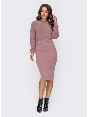 Модный демисезонный комплект: свитер и юбка