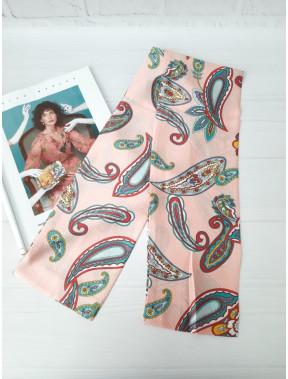 Утонченный розовый шарф-галстук