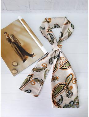 Бежевый шарф-галстук в модный принт