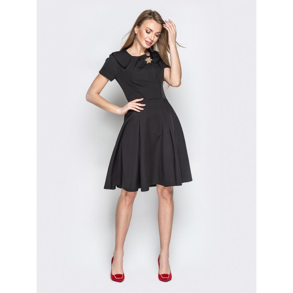 Женственное платье с пышной юбкой фото 1